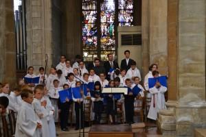 Les petits chanteurs cherchent leur chef de chœur