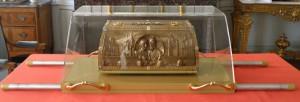 Vénération des reliques des saints Louis et Zélie Martin