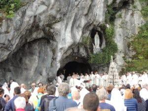 Homélie de la messe à la grotte